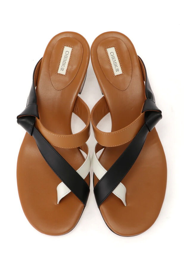 TONG STRAP SANDALS 4